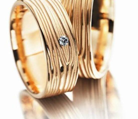 Beispiel: Individuelle Trauringe, Foto: Juwelier Nadler.