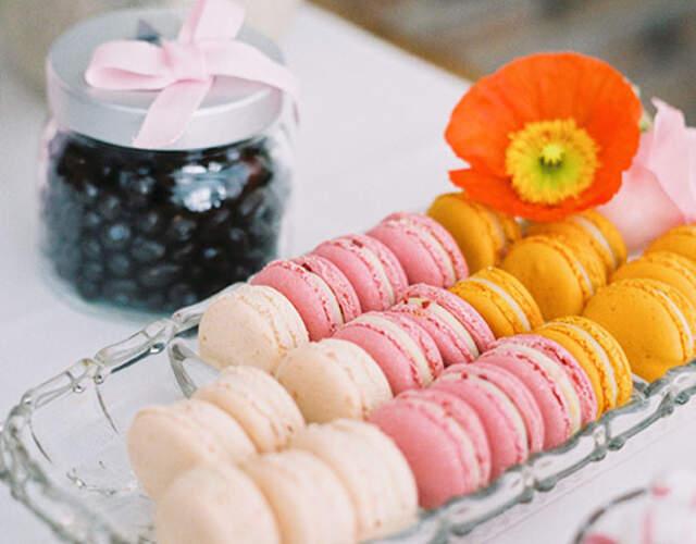 Hochzeitstorte und Süßigkeiten online